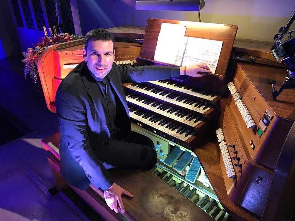 Kuhn organ Arturo Barba Moscow Moscu Catholic cathedral dom orgel
